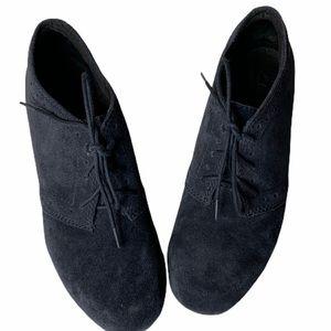 CLARKS suede ankle booties sz 7.5 EUC